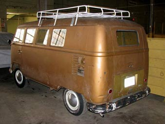 VW Kombi Bus Rear